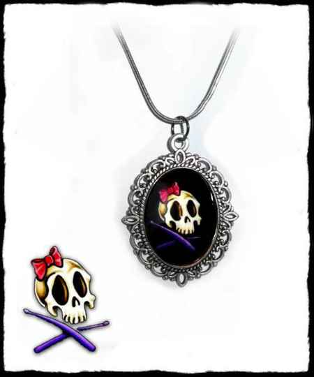 Necklace drum skull
