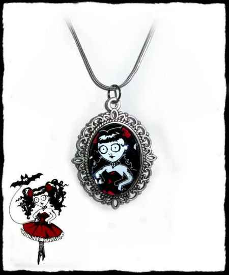 Necklace Doll red