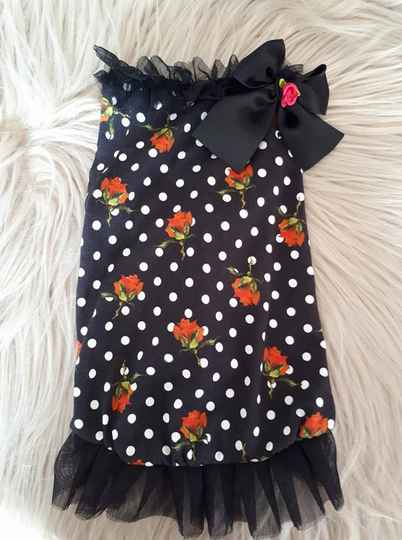 Dress red roses