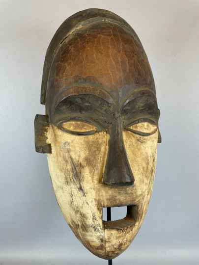 210818 - Old Tribal used African mask from the Salampasu - Congo