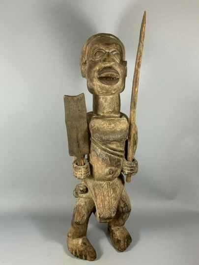 200508 - Large Old Tribal used African Yombe figure - Congo.