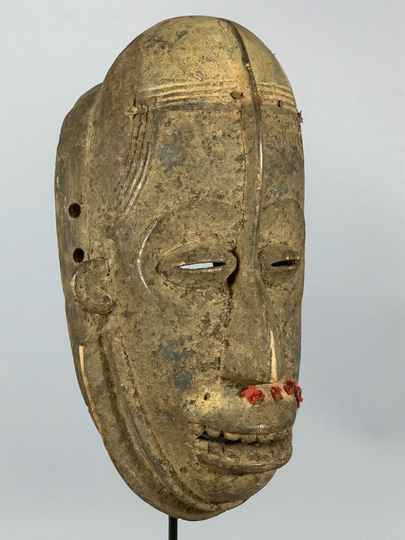 190715 - Old and Tribal used African Bete mask - Iv. Coast.