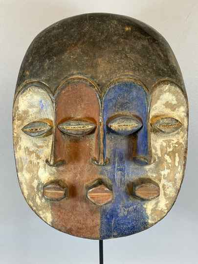 210423 - African Tribal used 3 face mask from the Galoa - Gabon.