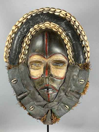 210134 - Old Tribal Used African Dean Gle Mask from the Dan People - Liberia.