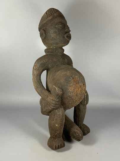 200714 - Old Tribal used African Bamun fertility statue - Cameroon.