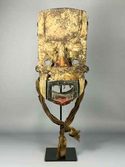 190936 - Old tribal used African We Guere mask - Iv. Coast.