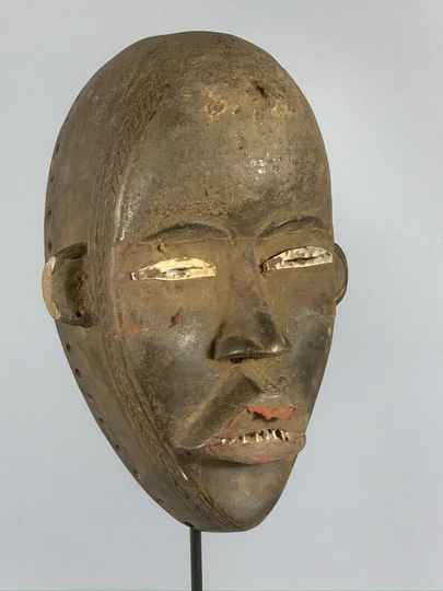 191215 - Old African Tribal used mask from the Dan - Liberia.