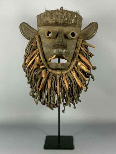 190837 - Old tribal used African We - Guere mask - Iv. Coast.