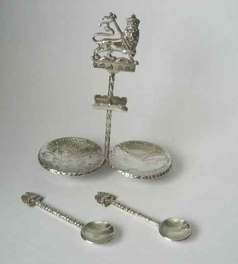 200937 - Antique Rare Silver salt coin dishes & 2 salt spoons - Ethiopia.