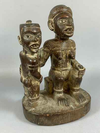 210305 - Rare Old Tribal used African Mayombe double statue - Congo.