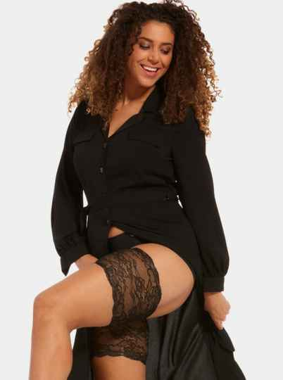 Dijenbanden BE SWEET TO YOUR LEGS LACE van MAGIC Bodyfashion - 75BL - zwart