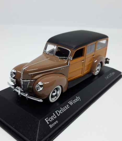 Ford DeLuxe Woody 1940