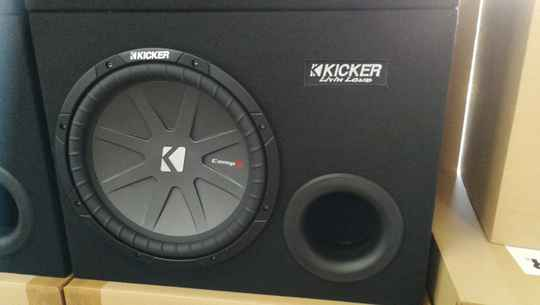 "Kicker CompR 12"" in kist 600 watt C12V-SL"