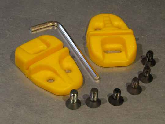 SHOE Cleats, YELLOW NOS! BB21F 002 - 9/4/20 RK02