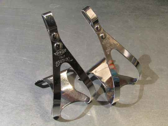 REG SMALL Chrome steel toe-clips with no mounting hardware NOS! BX63A 001 - 12/27/20 RK10