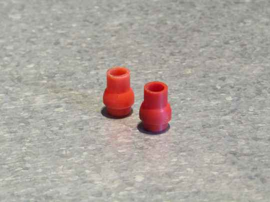 Brake lever RED plastic Brake lever end buttons 2nd hand BB23E 7676 - 7/21/21 RK02