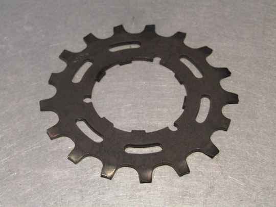 SHIMANO Early 600 17t FREEHUB/UNIGLIDE Cassette cog NOS! BX53A3 0101 - 12/3/21