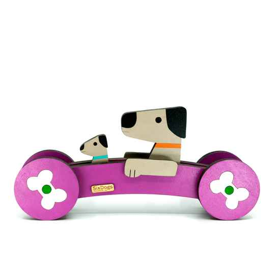 XL Dogs First-Car Lila