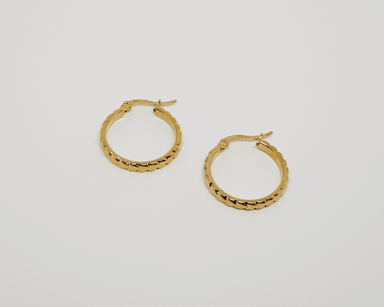 Braided hoops goud