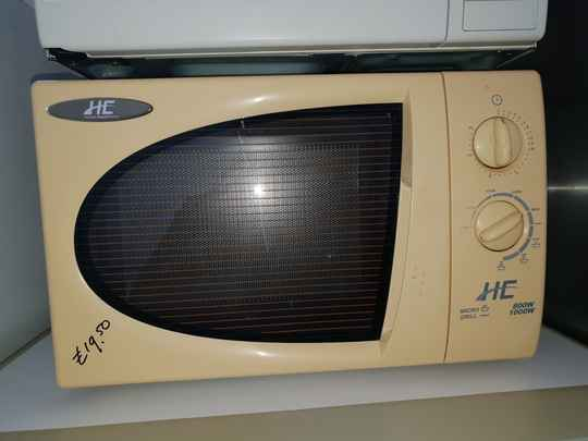 HE home electronics magnetron met gril