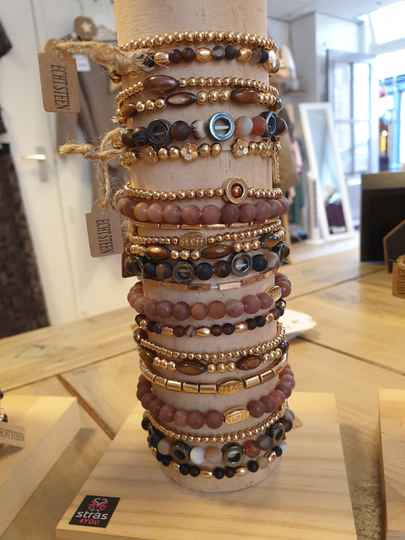 3 Armbandjes - Gold & Brown