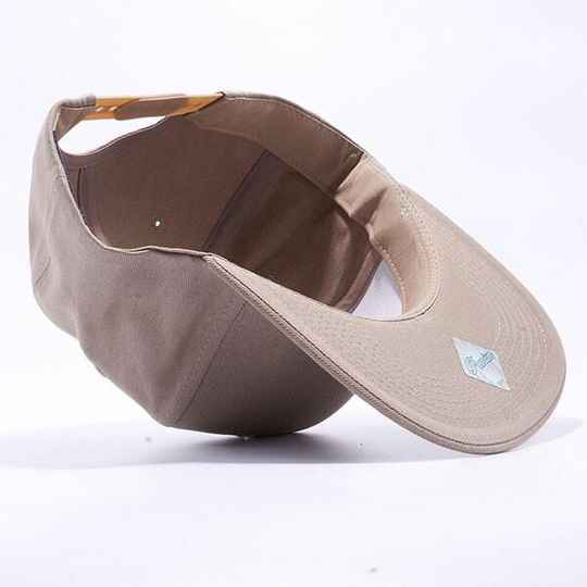 Licht brown pitbull cap