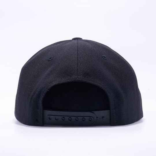 Black 5 strip cap