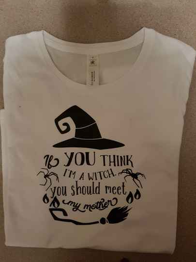 Do you think i'm a witch,you should meet my mother tshirt
